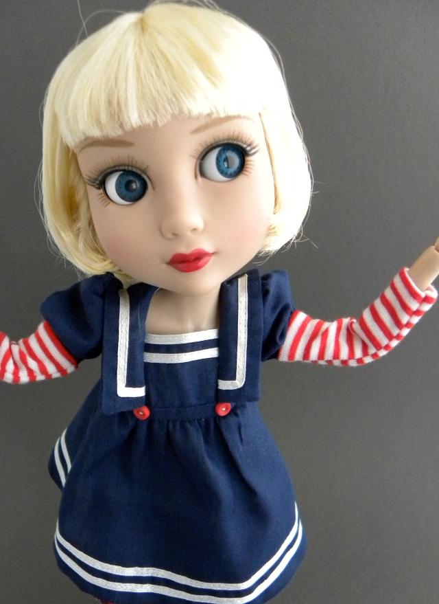 Big blue eyes!