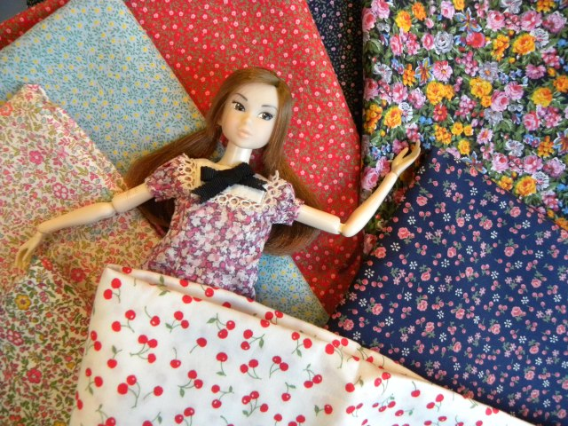 Momoko LOVES tiny prints!